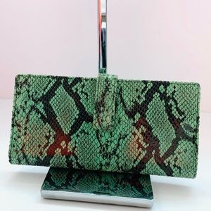 Lodis snakeskin wallet green good condition